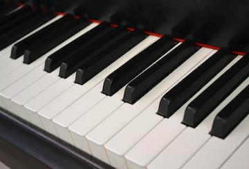 Tutos gratuits pour apprendre le piano seul